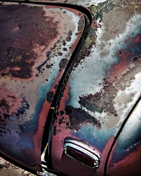 Rusty Butt by Travis Broxton, f16 Digital, Score: 10