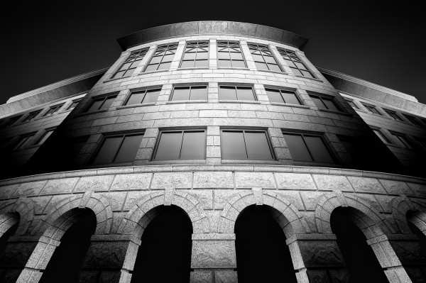 Stoned Illusions – Arches by Kevin Holliday, f16 Monochrome, Score: 10