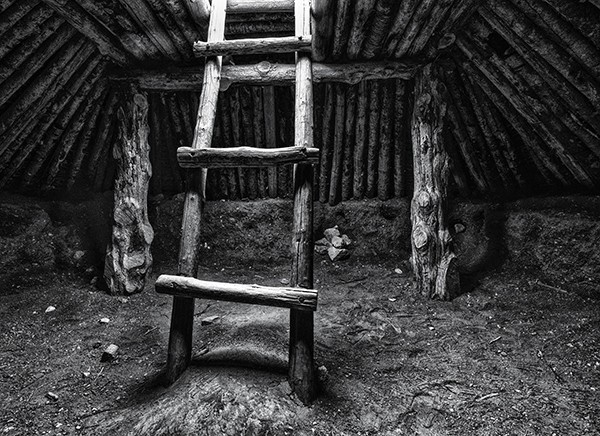 Out of the Pithouse by Danny Lam, f16 Monochrome, Score: 9