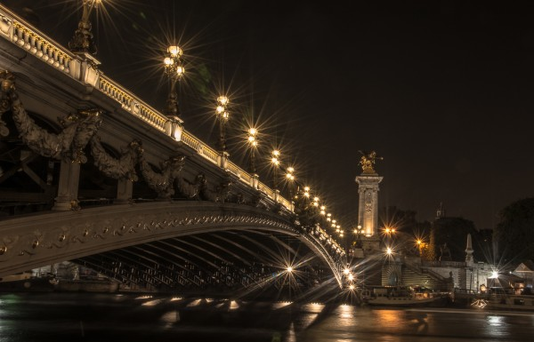 Bridge in Paris by Lucius Ashby, f8 Digital, Score: 9