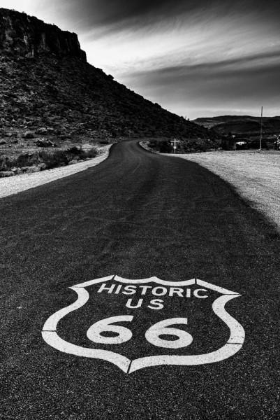 Route 66 at Dusk by Dan Greenberg, f16 Digital, Score: 9