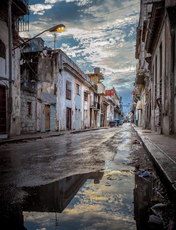 Havana Morning by Gary Witt, f16 Digital, Score: 10