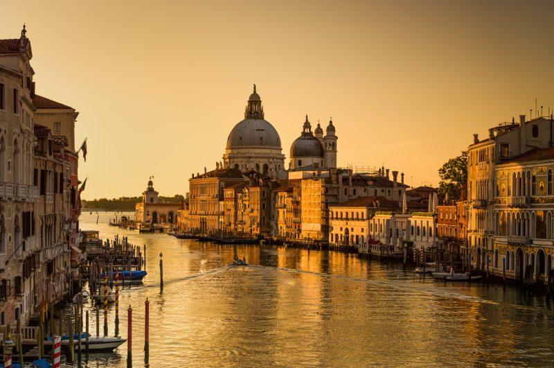 CITY FROM THE GOLDEN AGE by Lorenzo Landini, f11 Digital, Score: 10