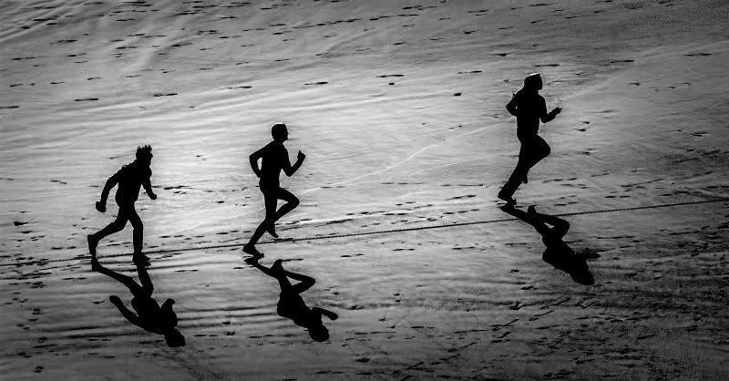 Pursuit by Oz Pfenninger, f16 Digital, Score: 9