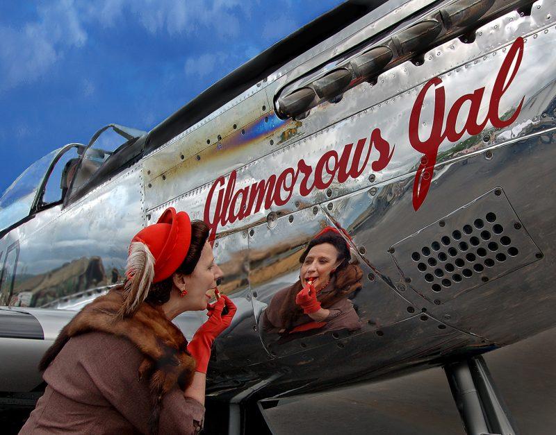 Glamorous Gal by Joe Razes, f11 Color Digital, Score: 9