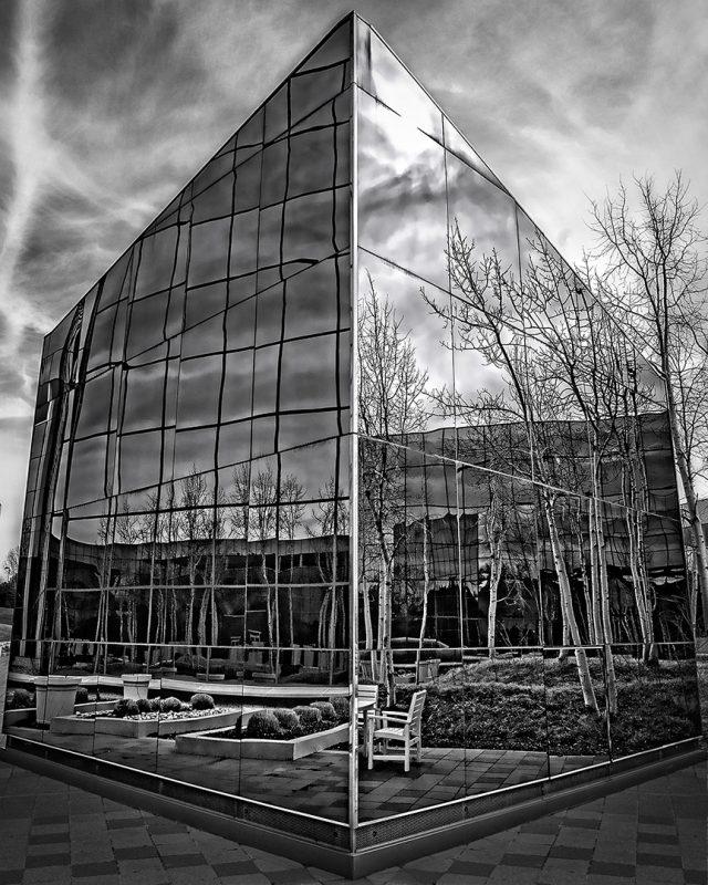 outside in by Travis Broxton, f16 B&W Digital, Score: 10