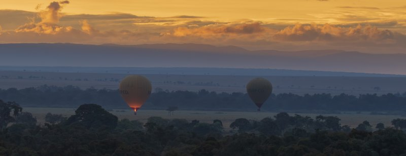 Ballooning over the Mara by Ally Green, f11 Color Digital, Score: 10