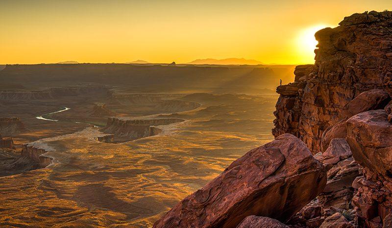 Grand View by Danny Lam, f16 Color, Score: 10