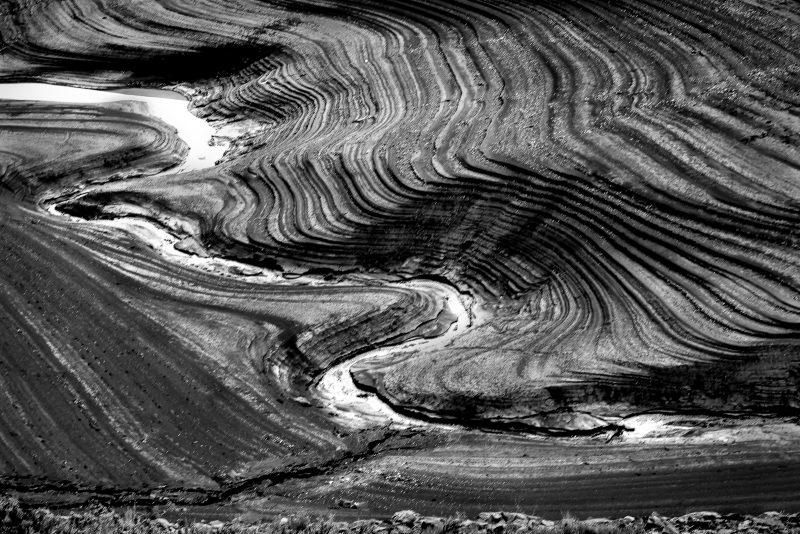March of Tides by Larry Hartlaub, f11 Digital, Score: 10