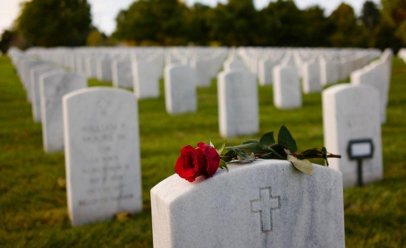 Gone but not Forgotten by Al Shinogle, f8 Color Digital, Score: 9